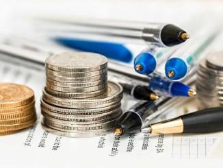 Srovnání nebankovní a bankovních úvěrů